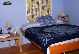 Gone Surf Inn bedroom